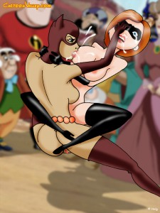 Catwoman fighting naked elastigirl and